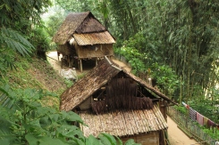 Bamboo houses, super traditional, brown and cozy